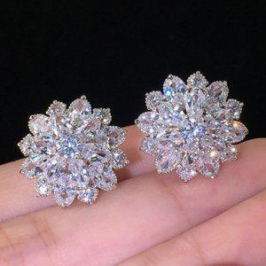 NEW 18K White Gold Marquis Flower Earrings
